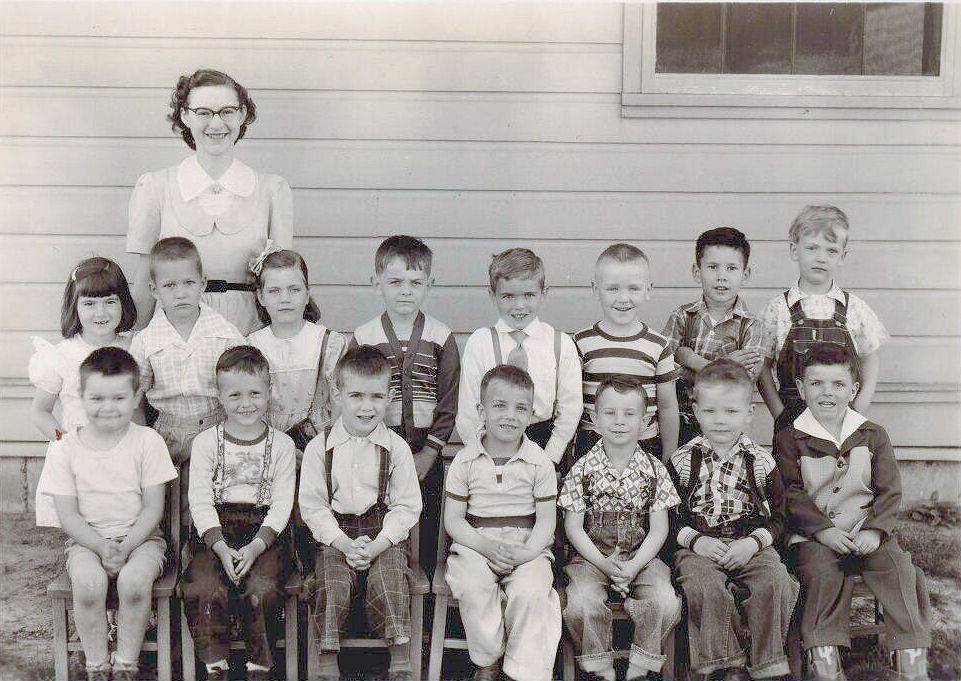 Paul (top right), 1st grade, 1952